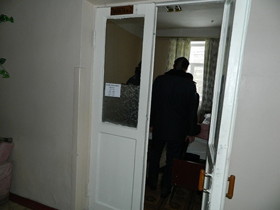 """В киевской больнице поймали вора, который """"чистил"""" палаты"""