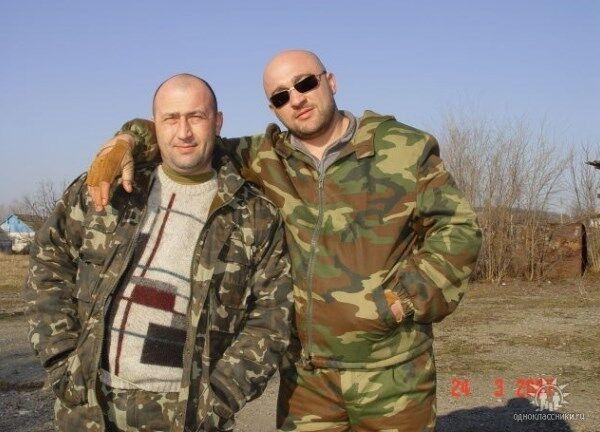 """Новый """"мэр"""" Дебальцево любит заграницу, оружие и мотоциклы: опубликованы фото"""