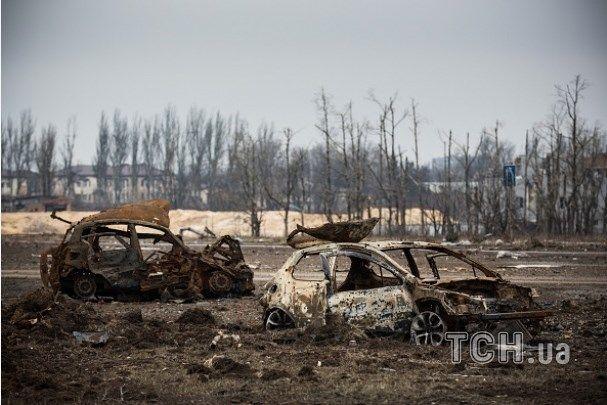 Опубликованы апокалиптические фото разрушенного Донецка в районе аэропорта