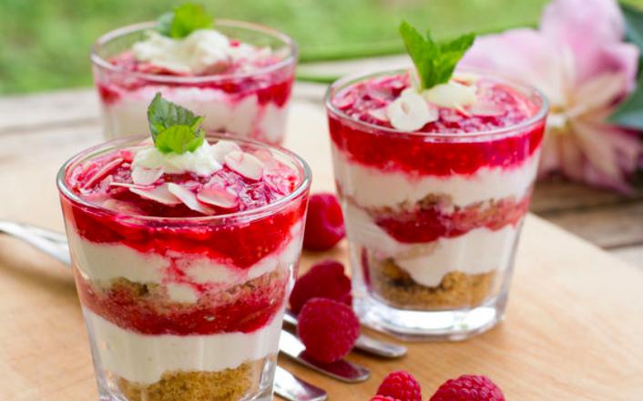 Необычные десерты из замороженных ягод