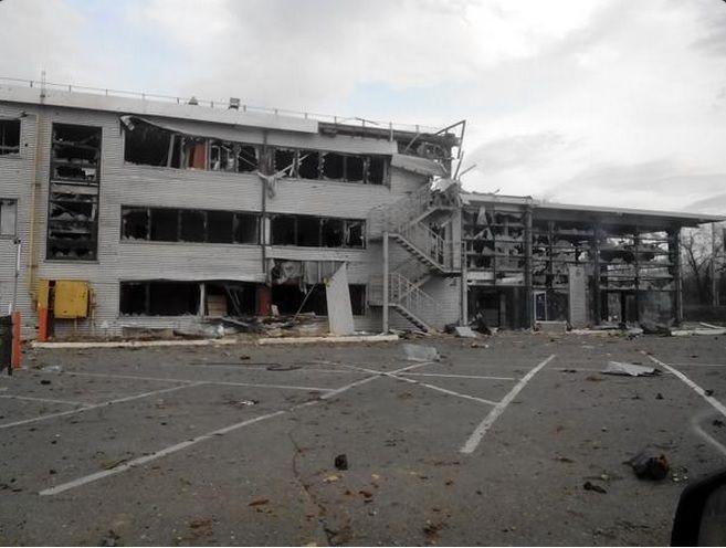 В оккупированном Донецке мародеры массово грабят гаражи