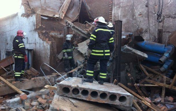 На хмельницкой агрофирме произошел взрыв: один человек под завалами