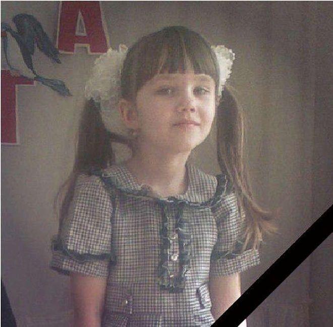 Трагедия в Константиновке: мать рассказала, как бронемашина сбила ее дочь