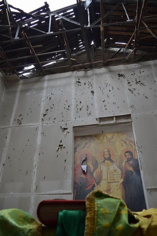 """Террористы из """"Градов"""" разгромили православную церковь ХІХ века: опубликованы фото"""