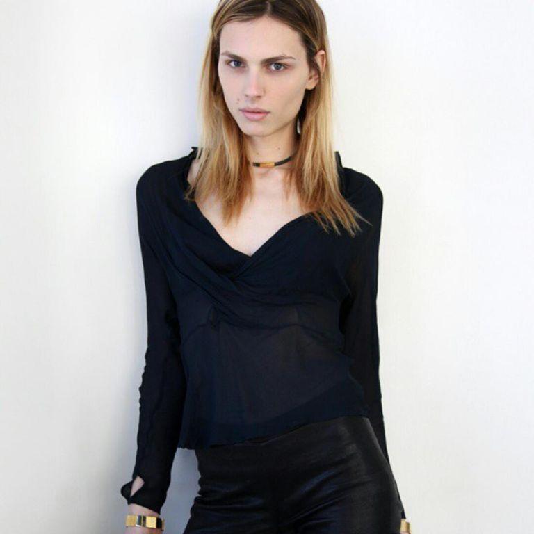 Трансгендерная модель Андрея Пежич стала звездой модного шоу в Мельбурне
