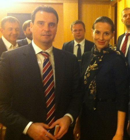 Эстонский советник министра экономики прокомментировала свои скандальные фото
