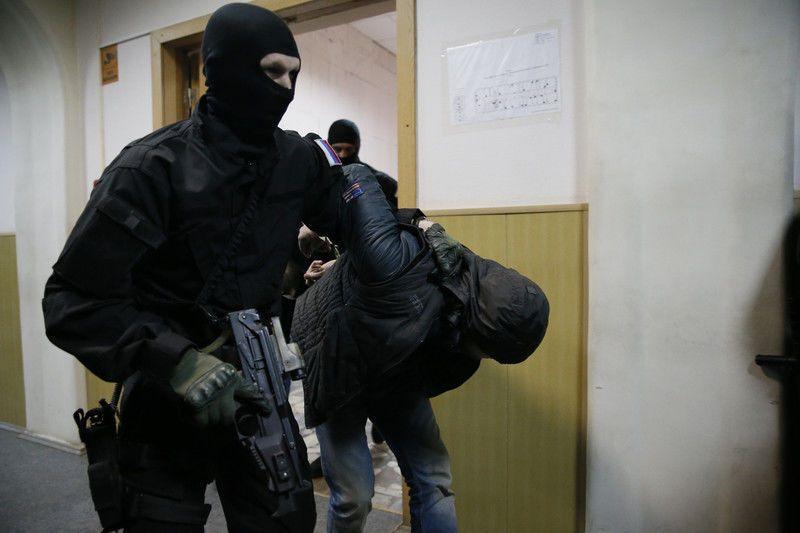 Суд арестовал всех подозреваемых в убийстве Немцова