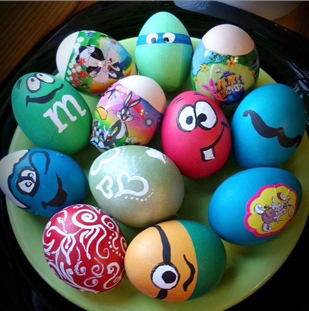 Россия к Пасхе готова: соцсети взорвались фото сумасшедшего яйце-декора