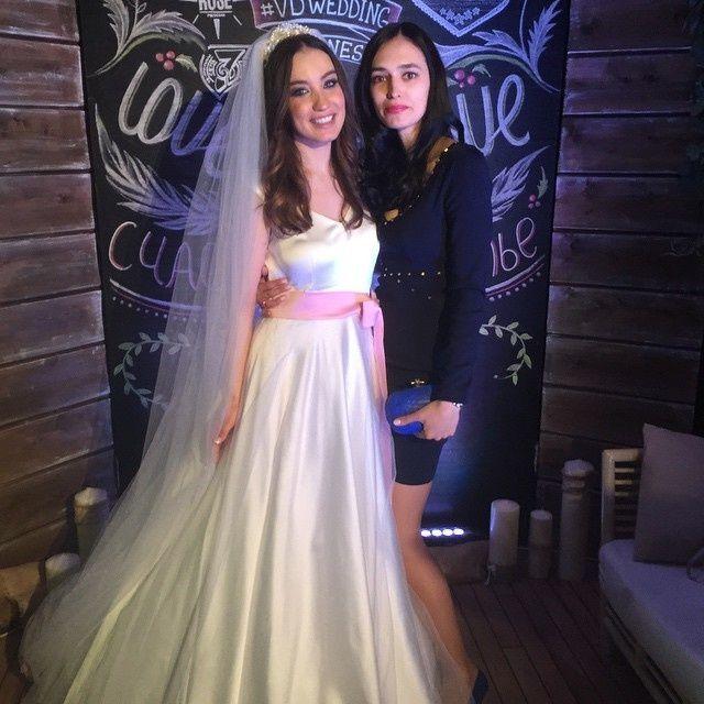 свадьба дайнеко и клейман фото будённый выступал