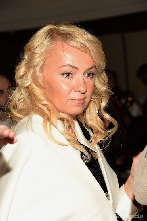 Слегка располневшая Рудковская поделилась с Киркоровым интимными фотографиями