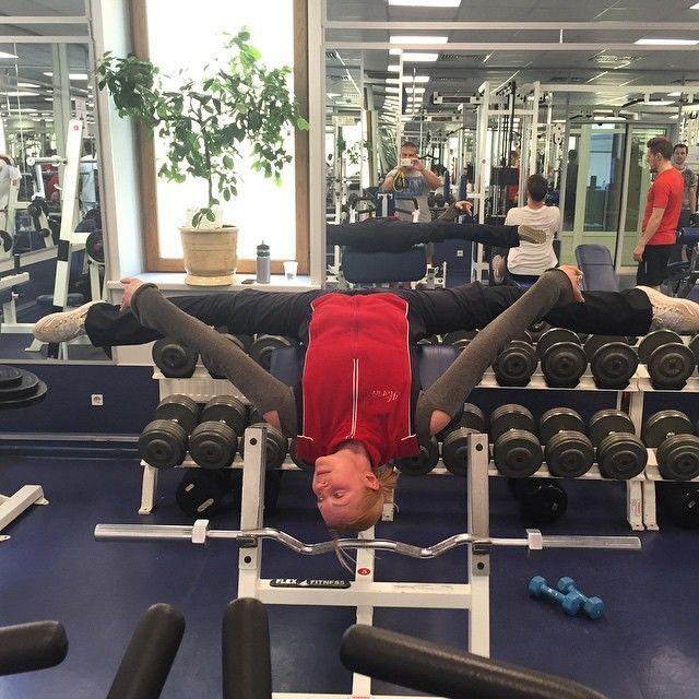Шпагат Анастасии Волочковой вниз головой потряс Instagram