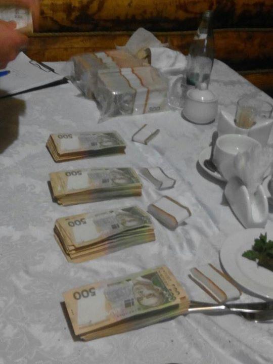 Аваков рассказал о взятке в $600 тысяч за землю