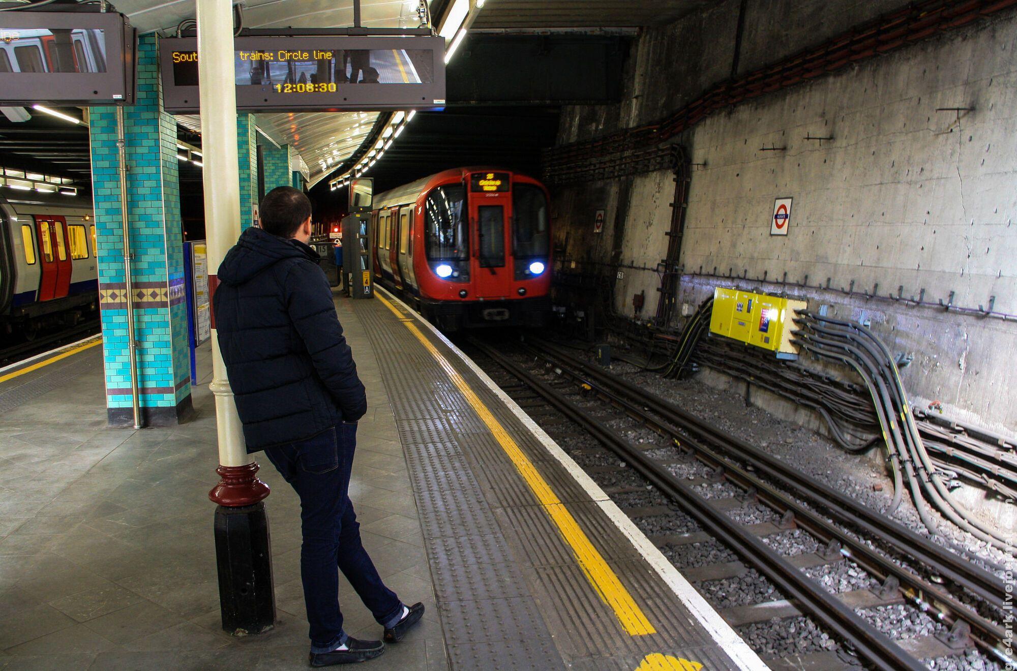 советы метро лондона и его билеты фото сожалению, последнее