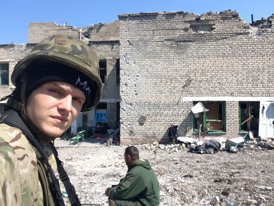Руфер Мустанг пішов воювати на Донбас