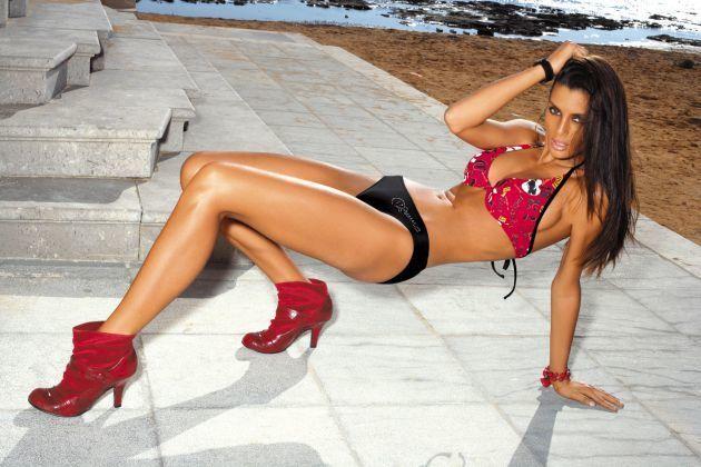 """Одна из красивейших моделей мира призналась в любви к """"Шахтеру"""""""