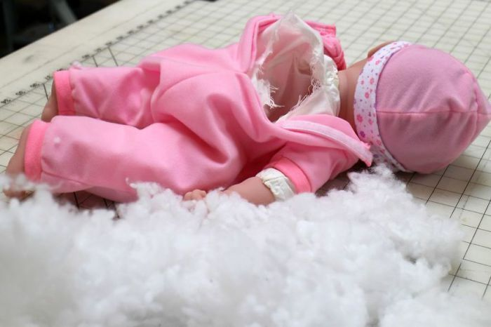 Кукла-фляга поможет незаметно напиваться у всех на виду