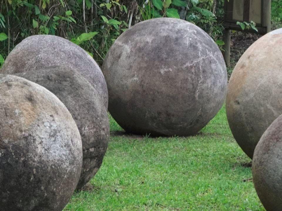 картинки каменных шаров коста рики нам говорить том