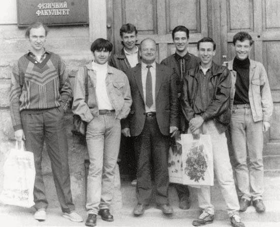 Святослав Вакарчук – герой нашего времени: тайны, раритетные фото и видео