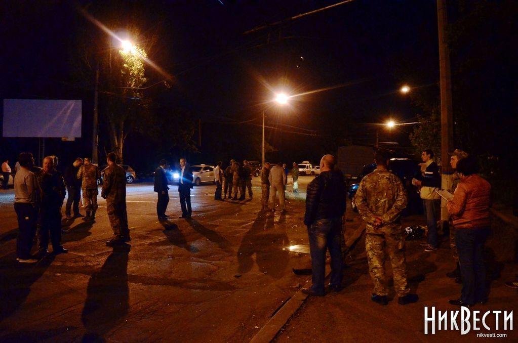 Поспішав з АТО. Замкомбата 79-ї бригади загинув у ДТП в Миколаєві: фото і відео з місця аварії