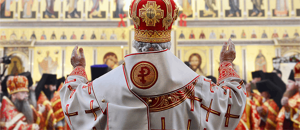 """У Росії """"схрестили"""" рубль, хрест і церкву"""