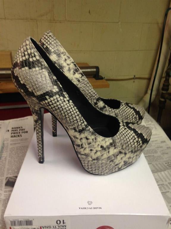 Девушка потратила 40 долларов, чтобы сделать туфли за $ 6000