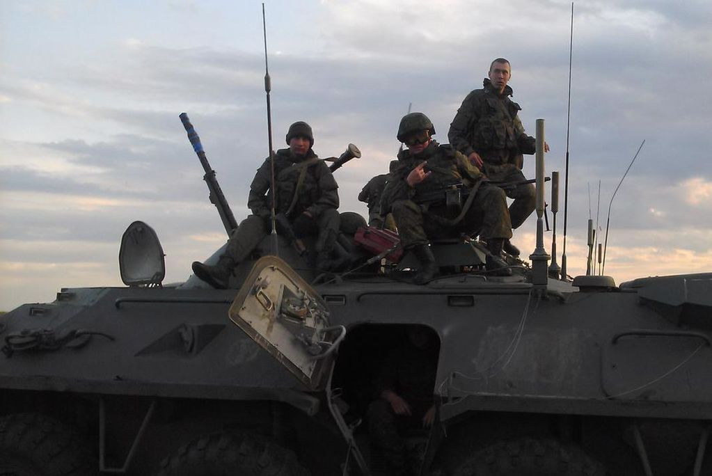 Росія створює ударні групи на кордоні з Україною: фотодокази
