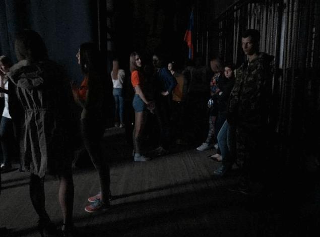 """Бенкет під час чуми: терористи з """"Нічними вовками"""" вибирають """"Міс"""" ЛНР """""""
