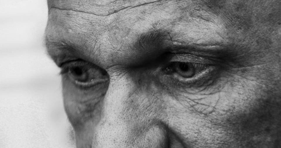 """Корбан показав """"живі очі"""" кухаря і шахтаря, яких без обміну забрала з полону волонтер"""
