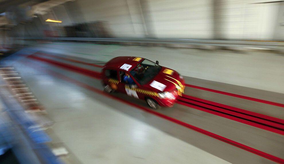 Как проводят краш-тесты автомобилей
