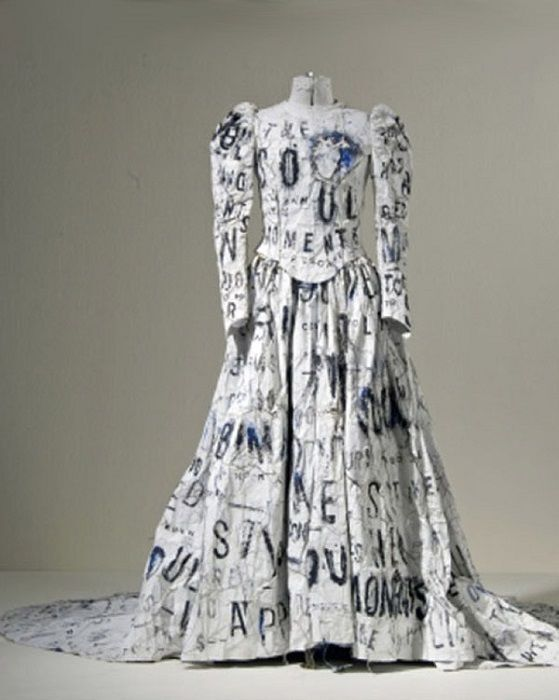 10 нелепых свадебных платьев, которыми можно отпугнуть жениха
