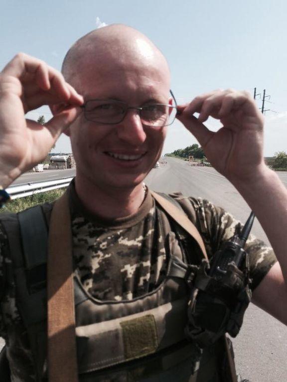 Дивовижна схожість: на Донбасі воює двійник Яценюка. Фотофакт