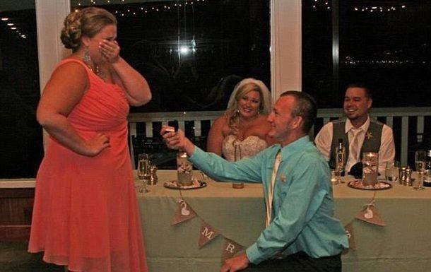 Сеть смеется над снимком разочарованной невесты