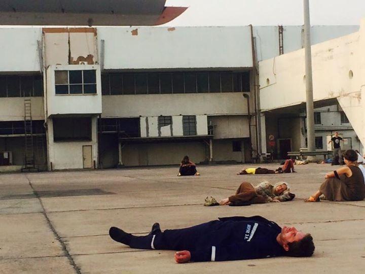 """""""На привалі"""": фото сплячого на землі Шкіряка підірвало інтернет"""