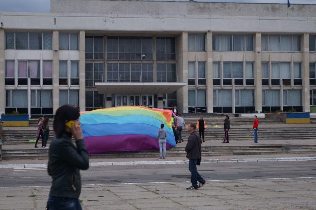 На Луганщине репетицию к 9 мая приняли за подготовку к гей-параду