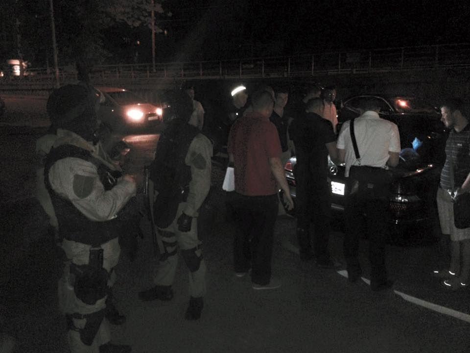"""В Киеве """"на горячем"""" поймали грабителей автомобилей: фото задержания"""