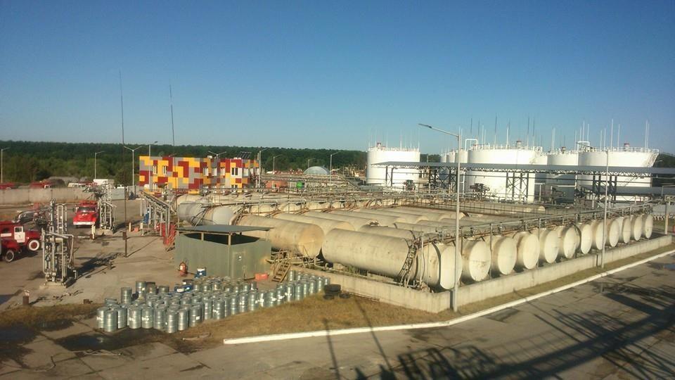 Пожар в Василькове: последние данные и новые фото с места событий