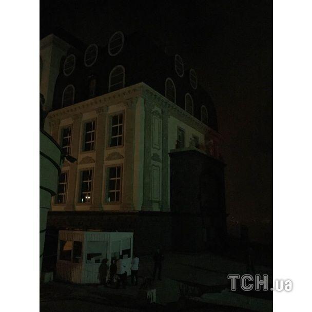 Ночью в элитном районе Киева произошел масштабный пожар
