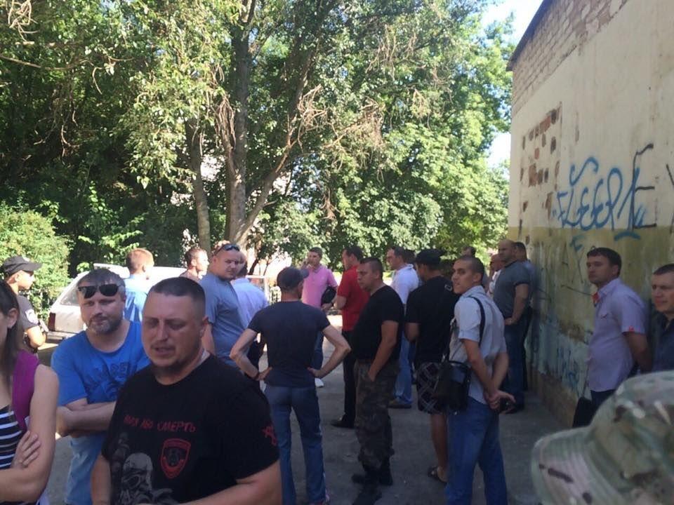 Правозащитник рассказал, как ловили возможного убийцу девочки в Запорожье