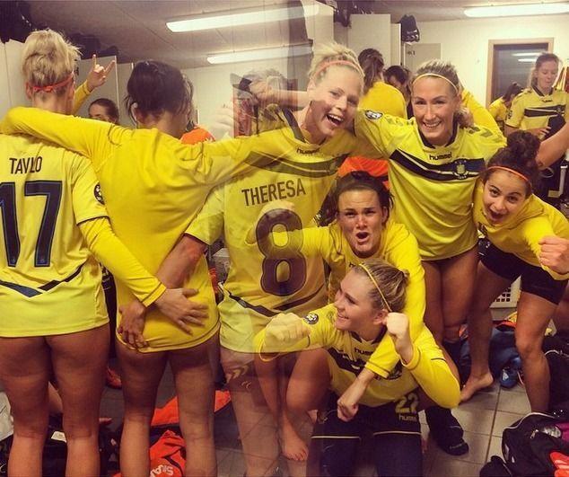 Фото из раздевалки датских футболисток взорвало интернет