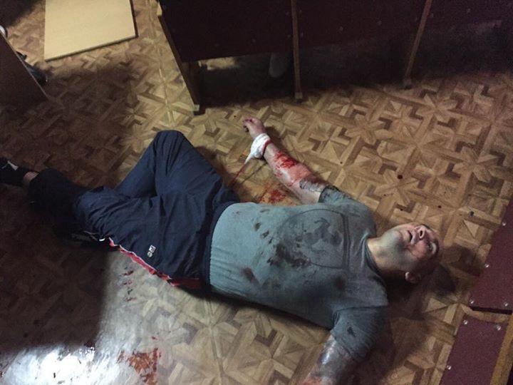 В Деснянском суде после протеста осужденных избили депутата