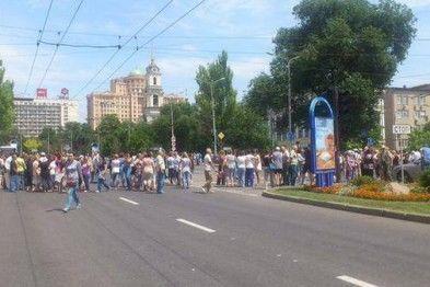 Митинг в Донецке: от террористов требуют прекратить обстрелы. Фотофакт
