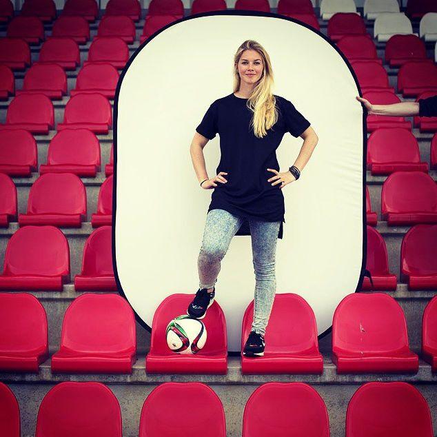 Топ-15 самых сексуальных футболисток чемпионата мира