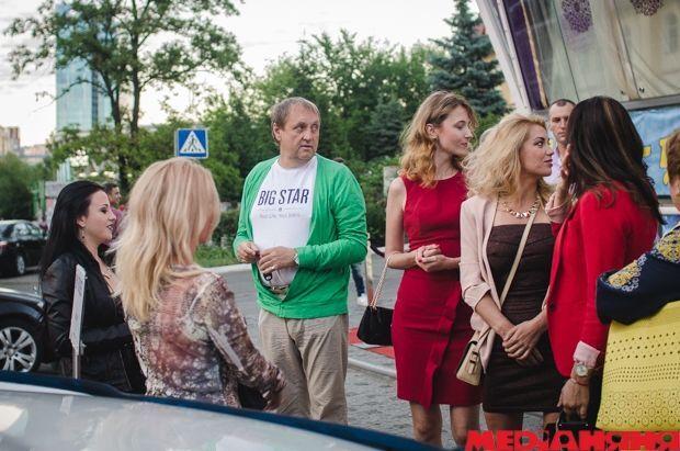 """В Украине """"Золотым батоном"""" наградили """"злую собаку"""" Фреймут и Алешу-""""воришку"""""""