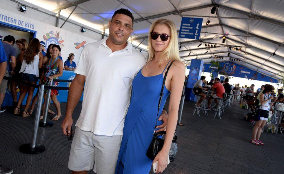Пара дня: Роналдо і його сексуальна красуня