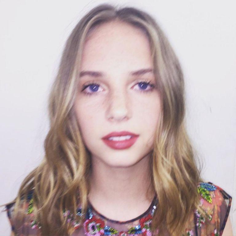 16-летняя дочь Умы Турман затмила всех на модной премии