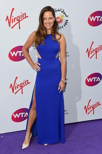 Сексуальная теннисистка похвасталась эффектным платьем: яркие фото