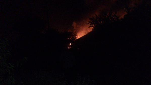 """""""Жаркая ночь"""": террористы обстреляли ночью жилые дома в Авдеевке"""