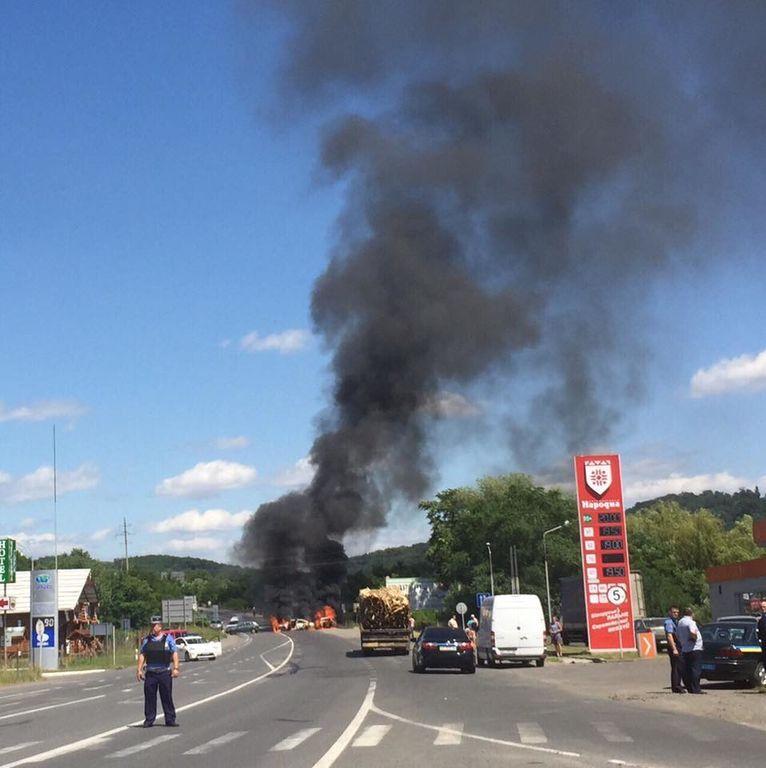 Стрілянина в Мукачеві: всі подробиці, фото і відео
