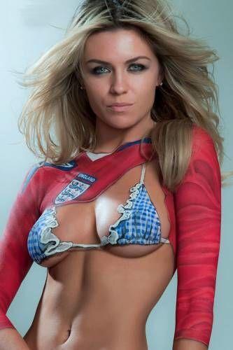 Девушка дня: сексуальная подруга звездного футболиста