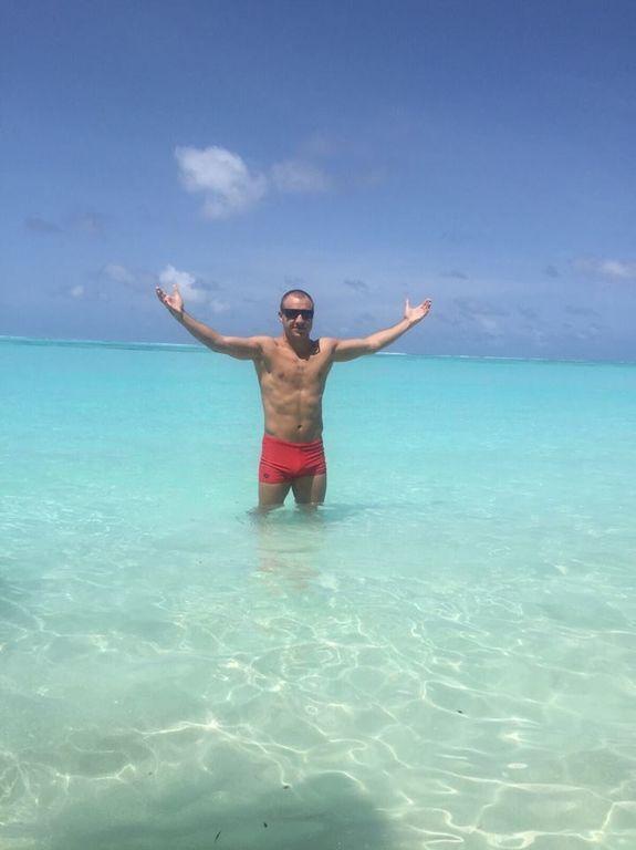 Відомий український боксер похвалився яскравими фото на Мальдівах